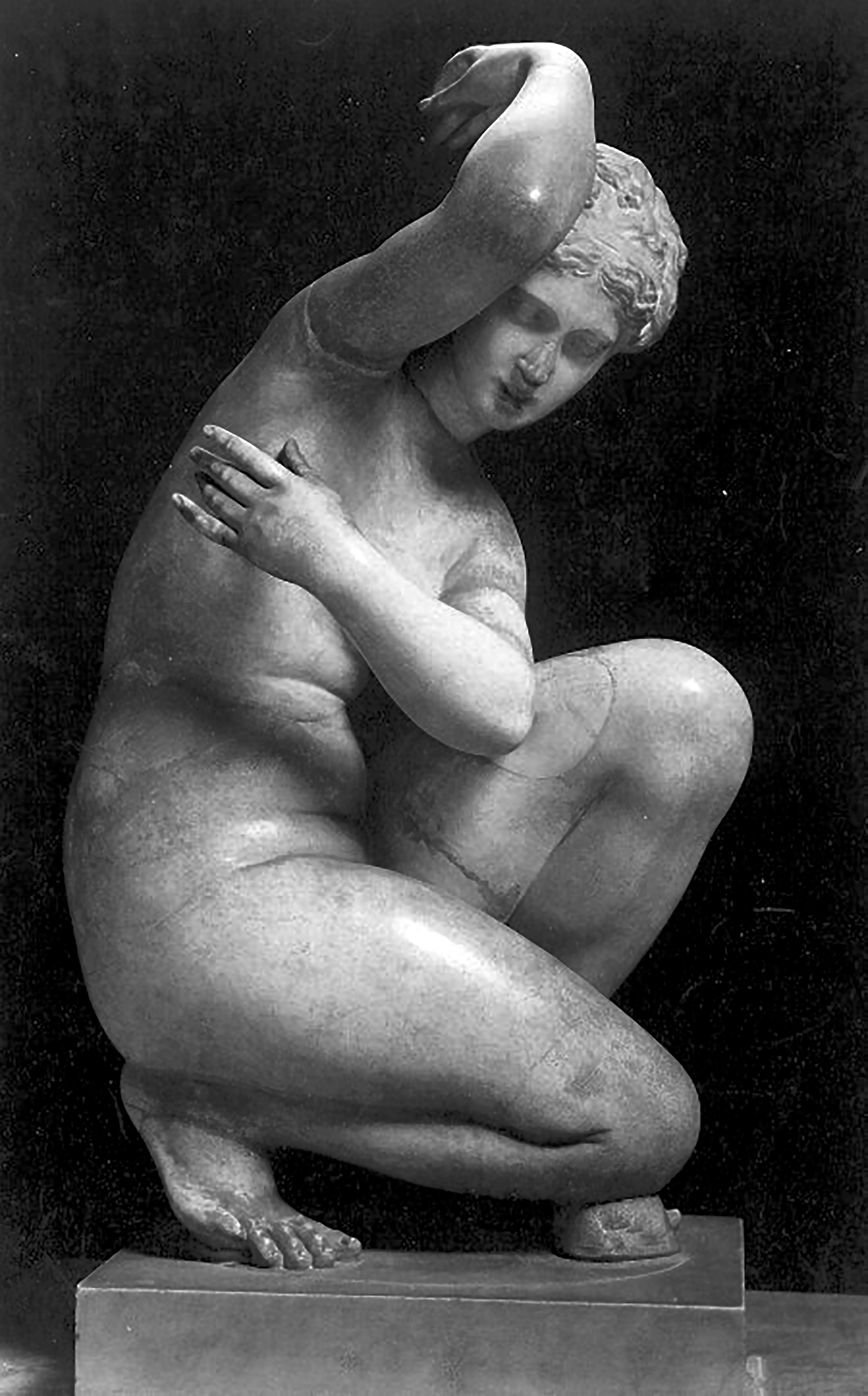 Aphrodite Crouching, musee du Louvre, Paris, France, Aphrodite Accroupie, 4