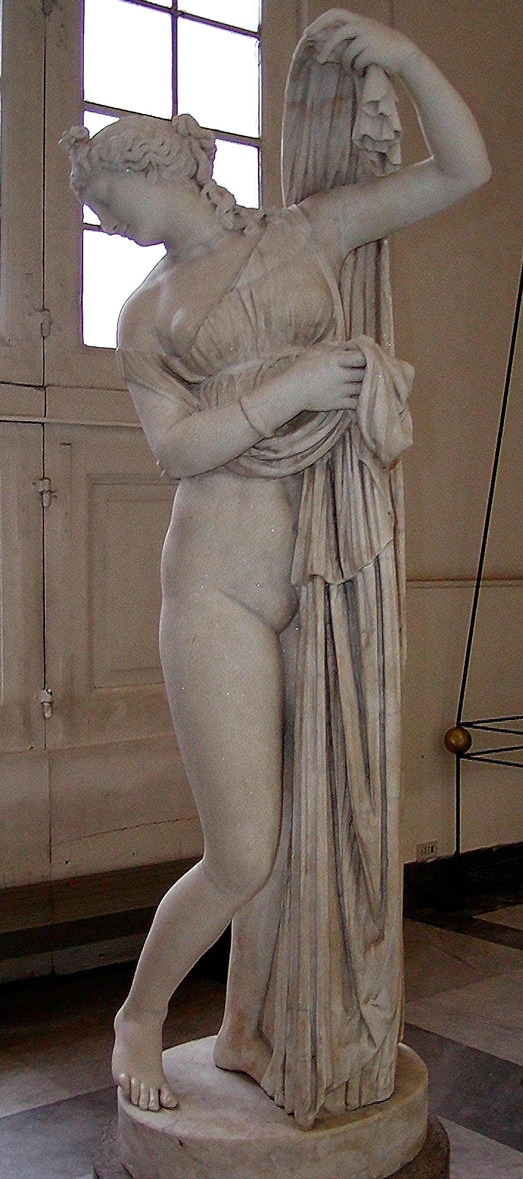 Venus Callypige, Napoli, Greco-Roman sculpture of an Hellenistic Greek sculpture, 7