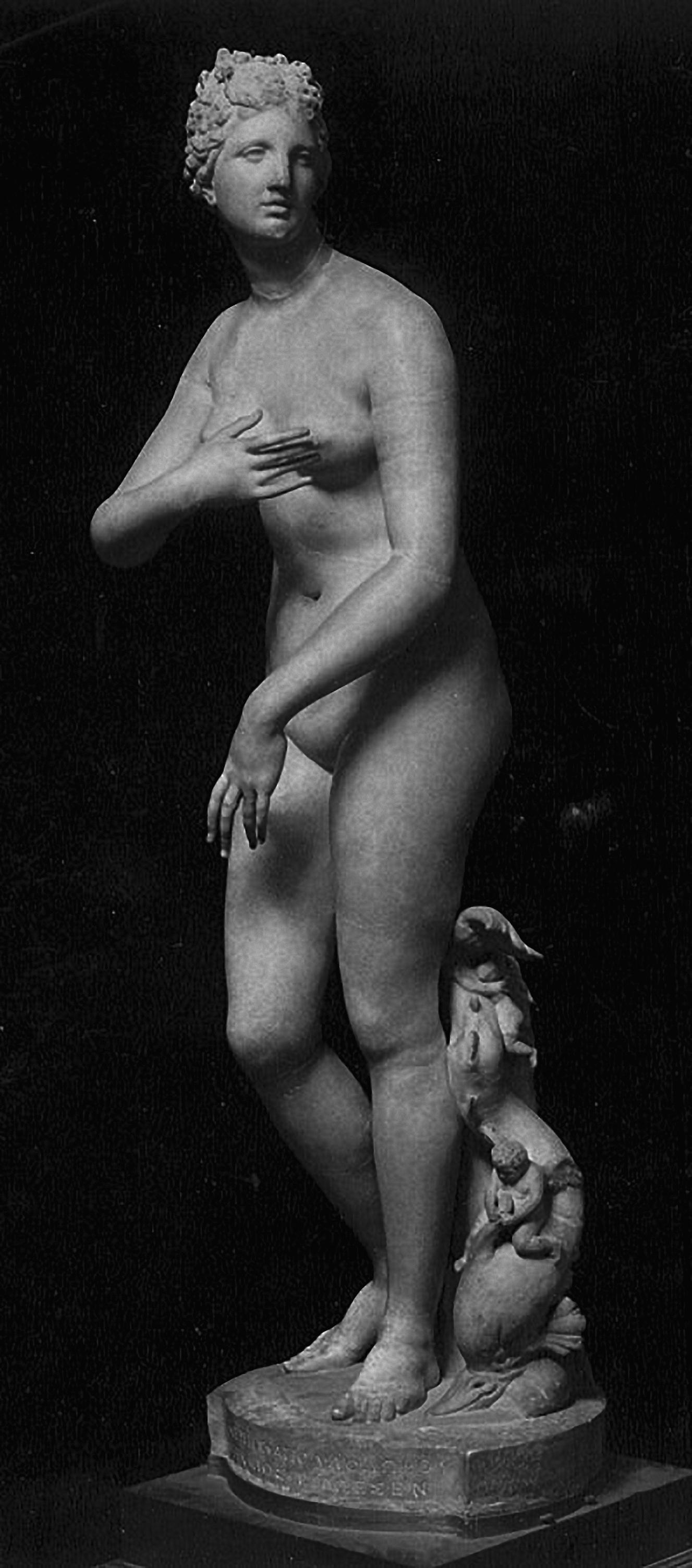 Venus de Medici, Uffitzi, Florence, 3