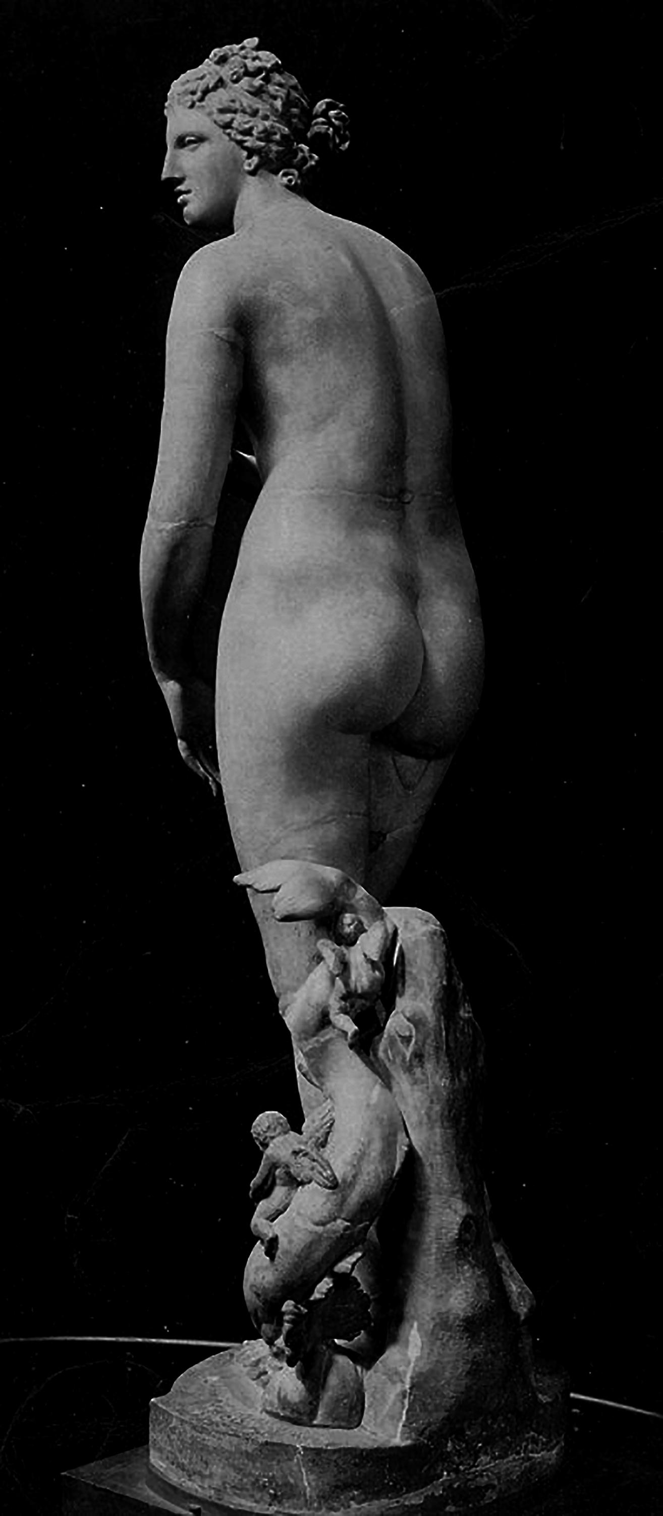 Venus de Medici, Uffizi, Florence, 4