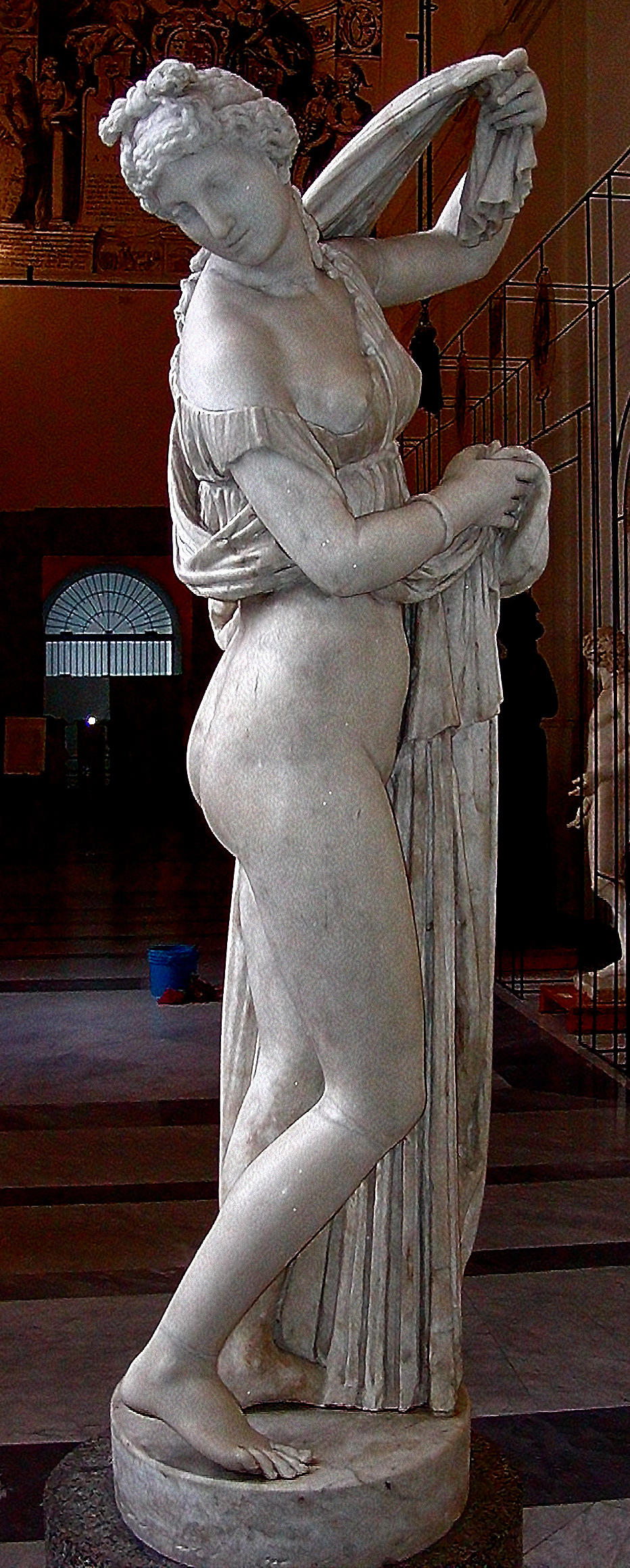 Venus Callypige, Napoli, Greco-Roman sculpture of an Hellenistic Greek sculpture, 9