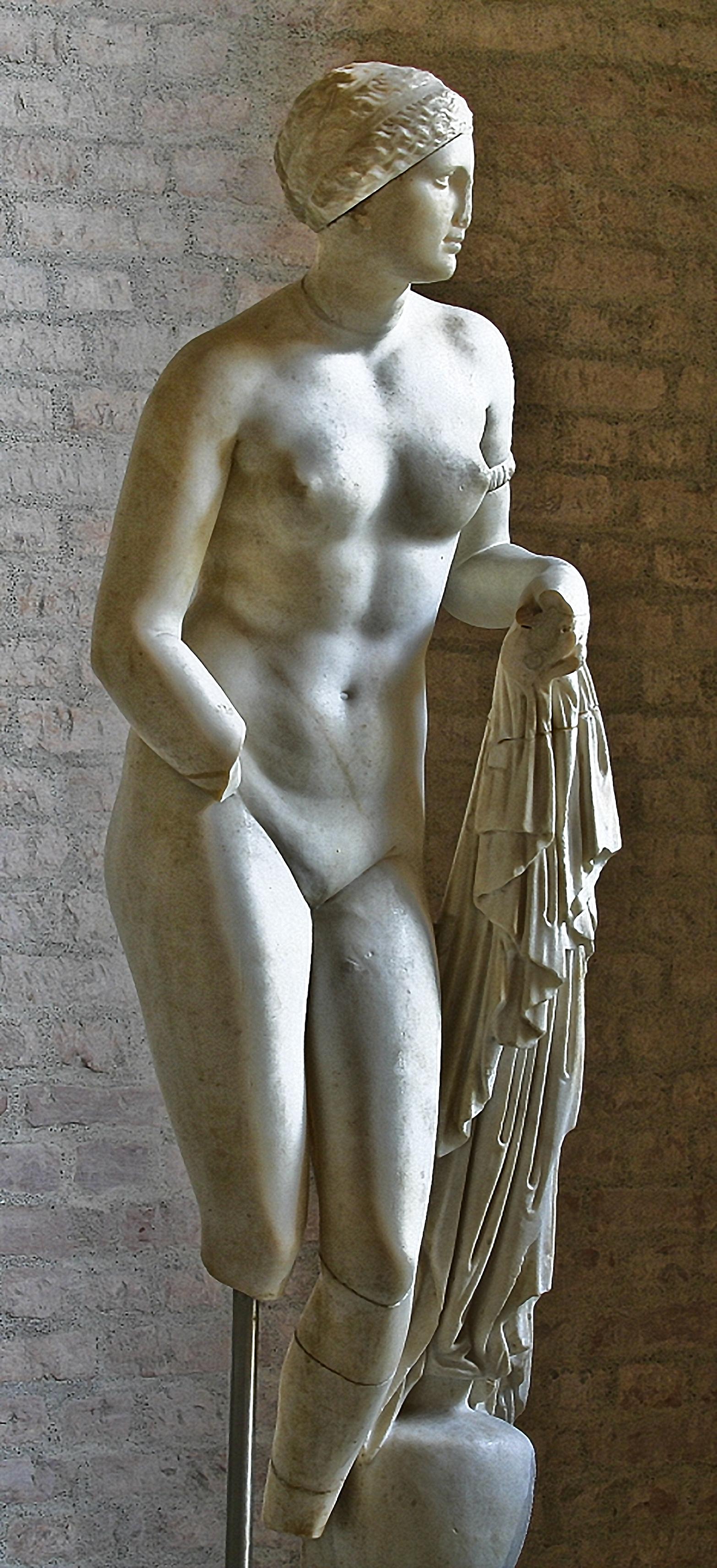 Aphrodite Munich Glyptotek 2, B