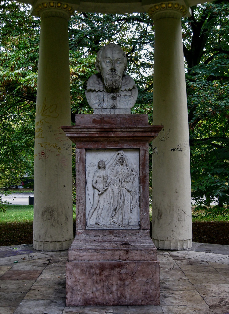 Fuerst-Anselm-Allee_Denkmal_für_Johannes_Kepler_Regensburg, Prince Anselm Avenue; Monument to Johannes Kepler, Doric monopteros with Kegeldach, bust, marble relief (copies, originals in the hist. Museum) and astronomical symbols, 1806/1808 by Emanuel d`Herigoyen, bust by Friedrich Döll, marble relief by Johann Heinrich von Dannecker; Until 1859 further west.