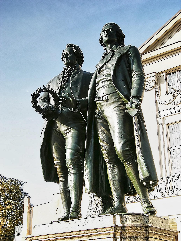 Goethe und Schiller sculpted by Ernst Friedrich August Rietschel - Goethe Schiller Monument - Weimar