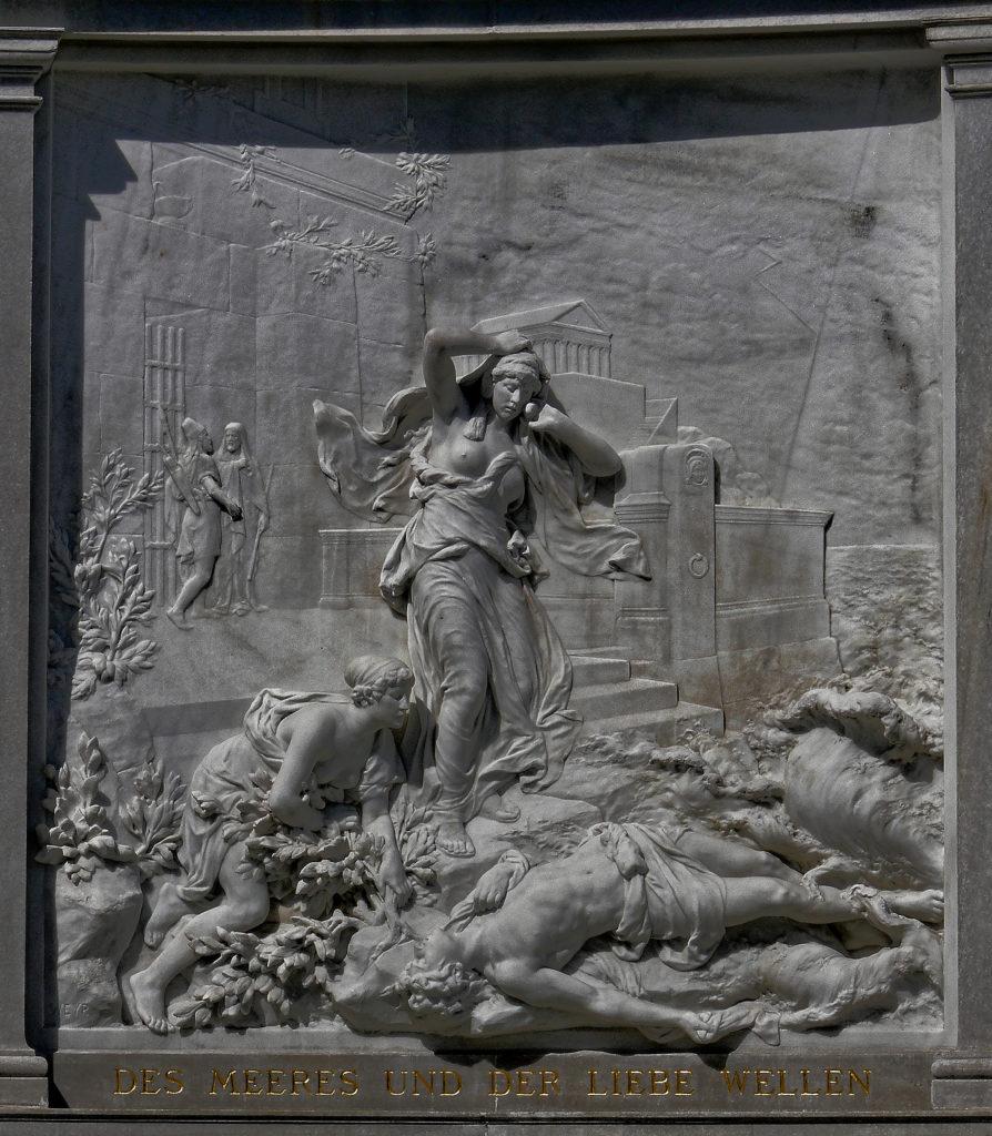 Wien - Grillparzerdenkmal Relief Des Meeres und der Liebe Wellen, bildhauer Rudolf Wyer