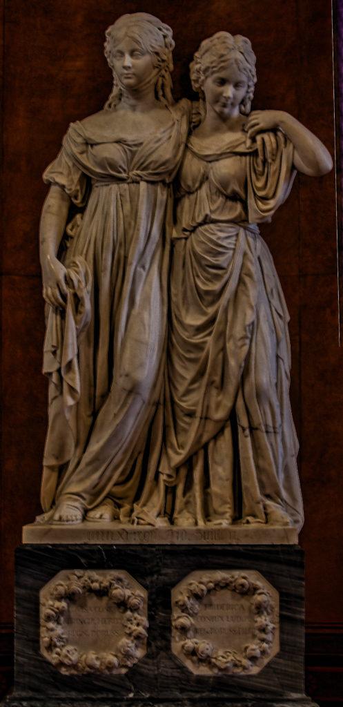 Johann Gottfried Schadow - Prinzessinnengruppe Preußische Kronprinzessin und spätere Königin Luise zusammen mit ihrer jüngeren Schwester Friederike, 1795 - 1797, Alte Nationalgalerie Berlin Museum
