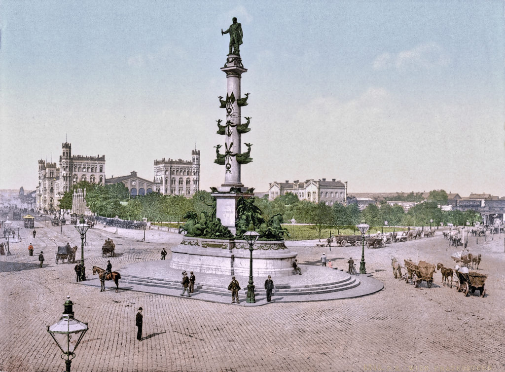 Praterstern in Vienna - Leopoldstadt, Tegetthoff Denkmal, Wein, Praterstern, Carl Kundmann, bildhauer - statue, and Carl von Hasenauer, architecture, unveiled on September 21, 1886