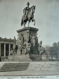 Denkmal König Friedrich Wilhelm III. im Lustgarten Mitte, Berlin 1863, sculptor Albert Wolff, after design of Christian Daniel Rauch - his main professor at the Berlin Academy of Fine Art.