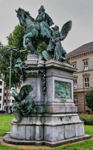 Karl Janssen - Kaiser Wilhelm I Denkmal, in Düsseldorf Stadtmitte, von Osten, inaugurated on 18 October 1896